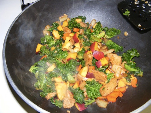 wok seitan peach stirfry Peach and Seitan Stir fry
