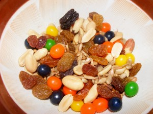 13 trail mix 300x225 Eats for 9/29/2008