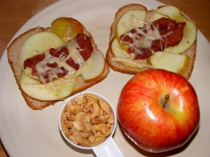 1 sammie nuts apple 300x225 Feels like a Thursday