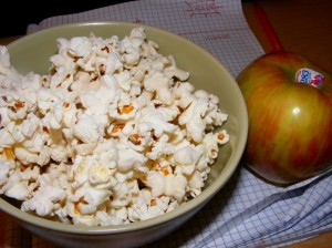 5 popcorn apple 300x224 Fresh, clean & short week