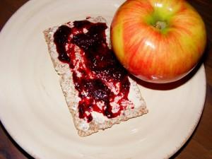 6 cracker and apple 300x225 Feels like a Thursday