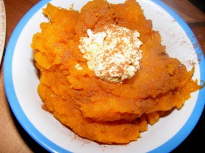 6 pumpkin mash 300x224 Lazing around... and the Blogger Secret Ingredient! (Pumpkin)
