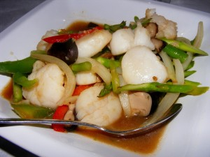 6 scallop stirfry copy 300x225 The 12 mile Friday