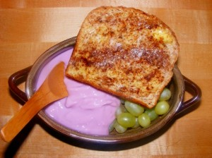 10 cinnamon toast yogurt grapes 300x224 Holidays, parties, desserts OH MY!