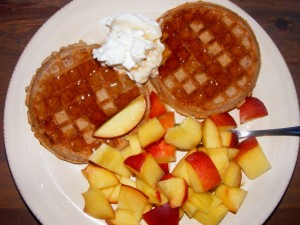 14 kashi waffles peach yogurt 300x225 I like breakfast.