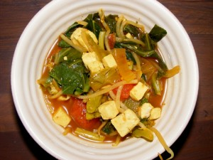 12 vietnamese soup 300x225 Snappy Vietnamese Vegetable Soup