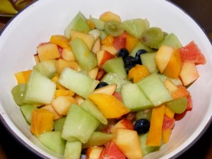5 fruit salad 300x225 So much yum   and Green!