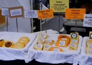 6-farmers-market-cheese