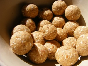 10 raw balls 300x225 Raw ish Oatmeal Cookie Balls