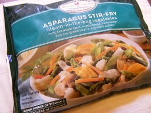 17 asparagus stir fry 300x225 Bananas & tar jay finds