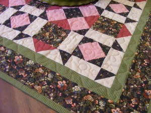 24 table quilt 300x225 Sweet sweet presents