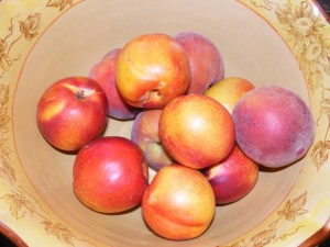 40 yellow nectarines peaches