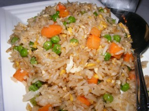 20 egg fried rice 300x225 Stirfry, being not veg, and frozen yogurt :)