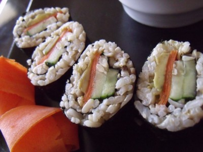 11 sushi 640x480 400x300 Melissa: Make Your Own Sushi (on the cheap!)