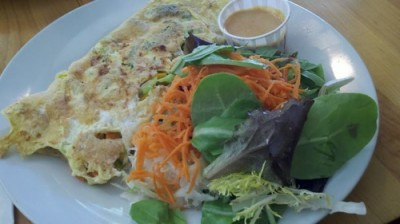 good health omelette seasonal vegetables 400x224 The Non Hunger Diaries: How I Eat And Move {Part 1 of 2}