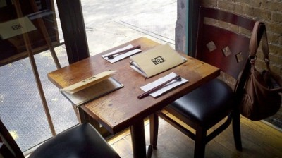 ozu table 400x224 OZU Macrobiotic Restaurant Review (New York)