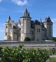 saumur chateau Were Going to Paris! (Travel Links & Ideas)