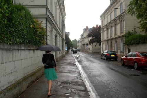 06 maggie saumur street 500x332 Bonjour de Paris!