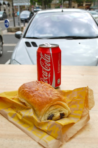 19 pain au chocolat coca cola coke saumur 108 Sun Salutations, Burpees, and Pain au Chocolat... Manger Bouger?