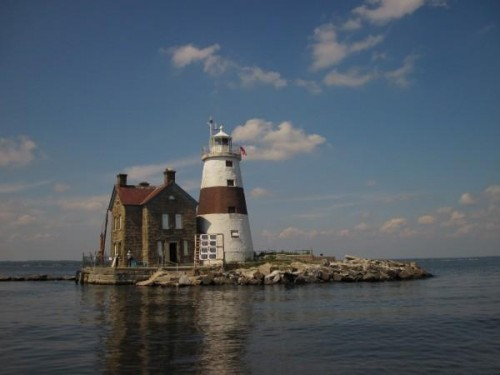 long island sound lighthouse 500x375 Weekend Link Love   07.10.2011
