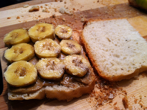 peanut butter banana sandwich More Sandwiches Please! [Peanut Butter & Banana]